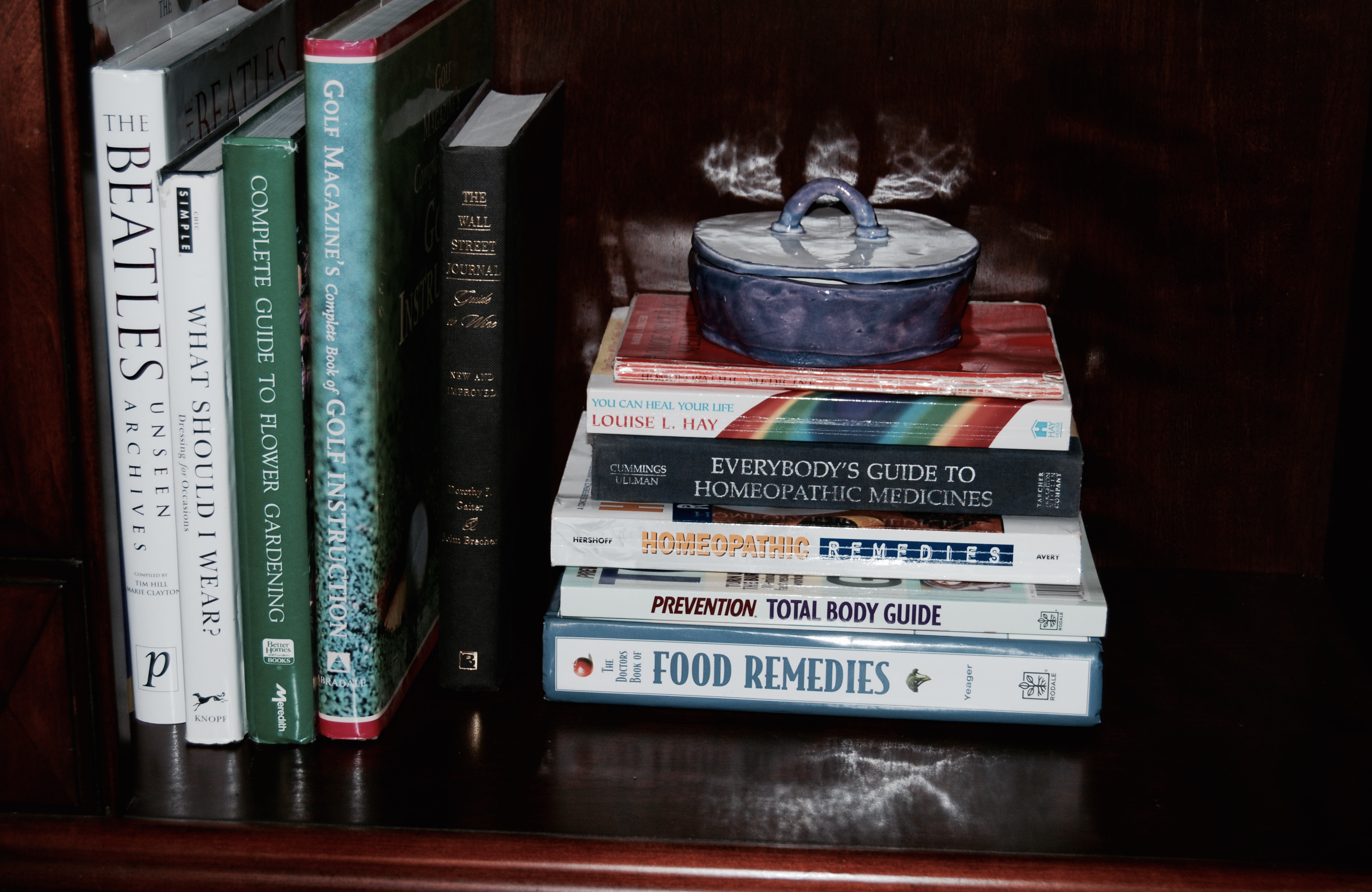 Organizing Books The Marie Kondo Way -The Life-Changing Magic of Tiding Up